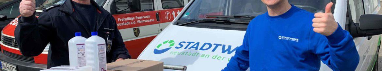 Desinfektionsmittel-Spende an das Behelfskrankenhaus in Lachen-Speyerdorf