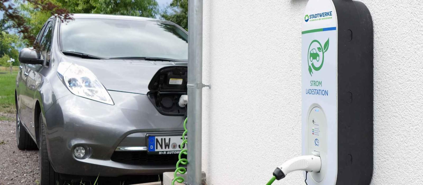 Stadtwerke Neustadt Energie Strom Kachel Mobilität Wallbox