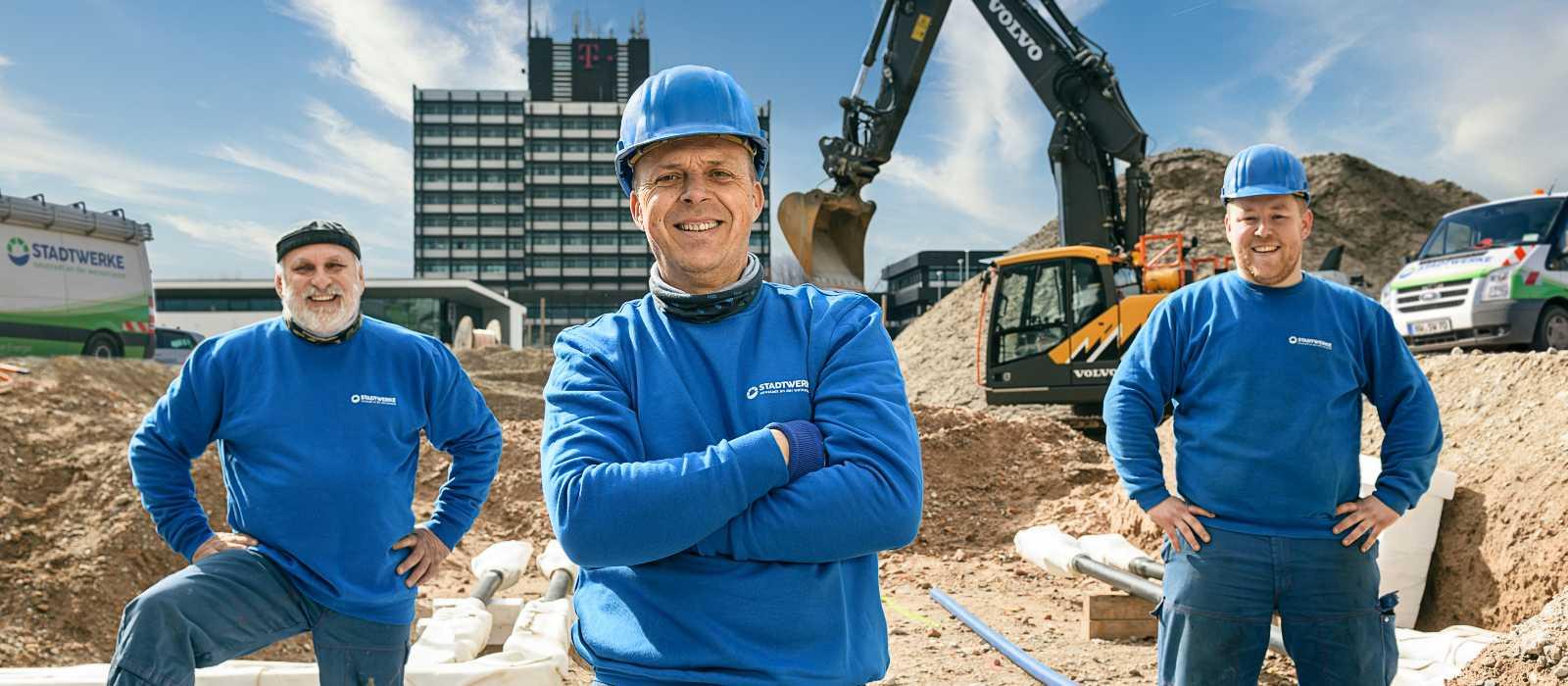 Stadtwerke Neustadt Service Bauherrenservice Kachel Installateure Arbeiter© AD LUMINA Ralf Ziegler