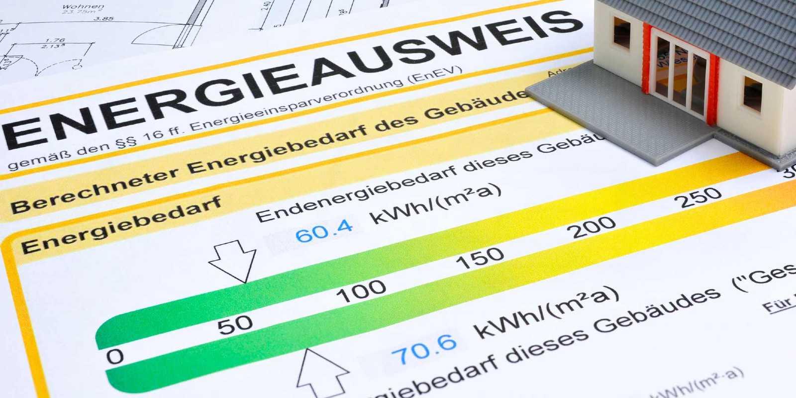 Stadtwerke Neustadt Service Kachel Energieberatung Energieausweis