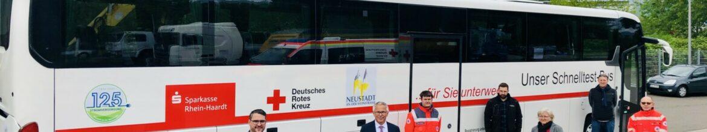 Stadtwerke unterstützt den Schnelltest-Bus der Stadt